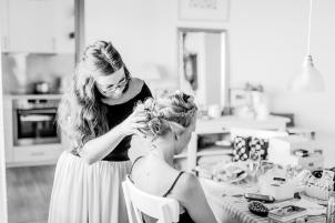 Getting Ready Reportage Hochzeit Foto Hochzeitsfotografin Michaela Klose Paarfotos